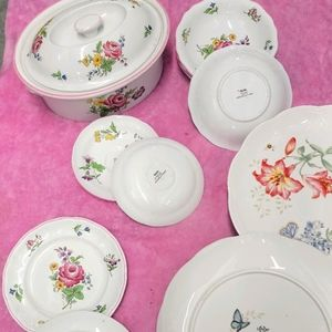 This is an amazing set of dishes